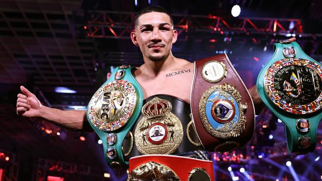 Lomačenko přišel o 3 pásy mistra světa, boxerskou bitvu roku jasně ovládl Teofimo Lopez Jr.