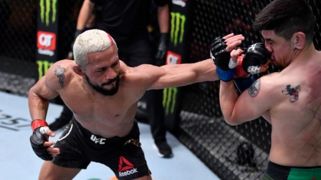 Podívejte se na ty nejlepší momenty z uplynulého UFC turnaje ve zpomalených záběrech