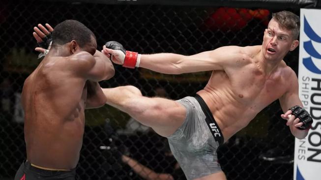 """""""Wonderboy"""" Thompson chce titulový zápas v UFC, nejdříve se ale musí vypořádat s nebezpečným Burnsem"""