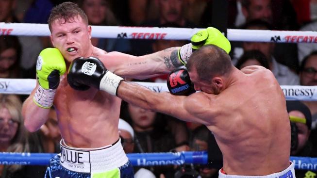 Boxer nelegálně vysílal zápas svých kolegů a zadělal si na pořádný problém