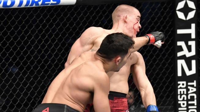 První TKO letošního roku v UFC! Mladý Srb doplatil na přehnané sebevědomí a ruce u pasu
