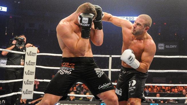 V UFC oktagonu mu to nevyšlo, vrátí se jeden z nejlepších kickboxerů světa do ringu?