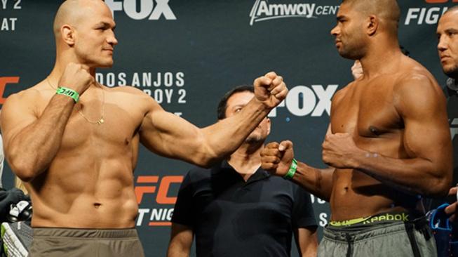 UFC pokračuje v čistce a rozvázalo smlouvy se dvěma legendárními bojovníky