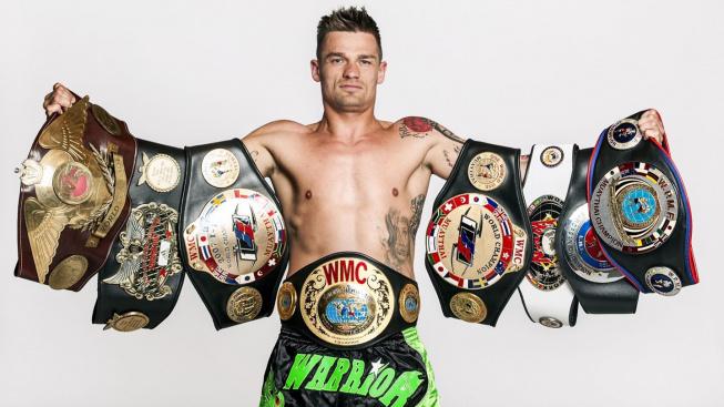 Drákulovi se v kleci zalíbilo, nejúspěšnější slovenský thaiboxer si vyzkouší také MMA