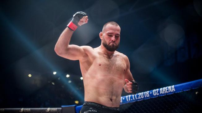 Turnaj Oktagon 23 ozdobí bitva o trůn těžké váhy, na scénu se vrátí Martin Buday