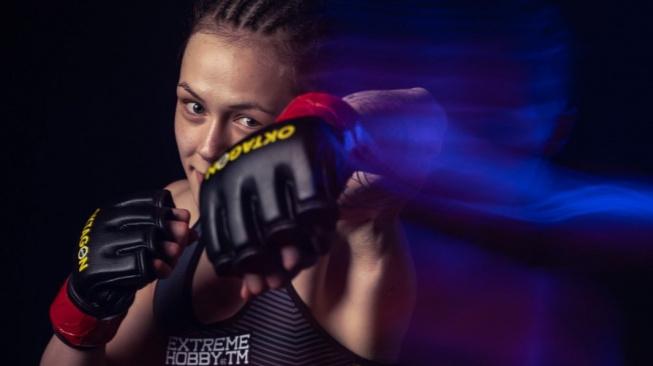 """Tereza Bledá se vrací do klece! Talentovanou bojovnici prověří zkušená brazilská soupeřka s """"kamennou rukou"""""""