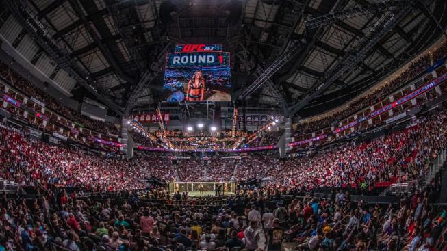 UFC 262 – výsledky a bonusy