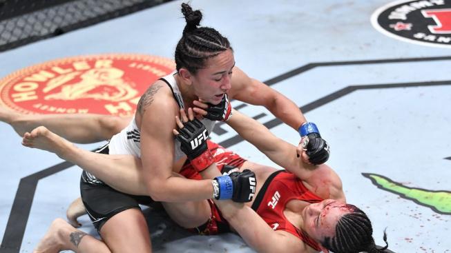 První šampionka slámové váhy Esparza si řekla o pozici vyzyvatelky, šéfovi UFC tím zamotala hlavu