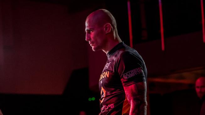 Holota přiznal, že je pod tlakem. Na slovenského šampiona v thajském boxu si ale věří i v postoji