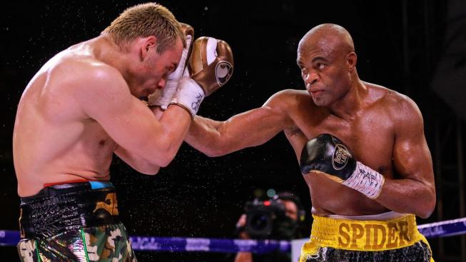 Silva to dokázal! Bývalý šampion UFC vyhrál ve 46 letech boxerský zápas