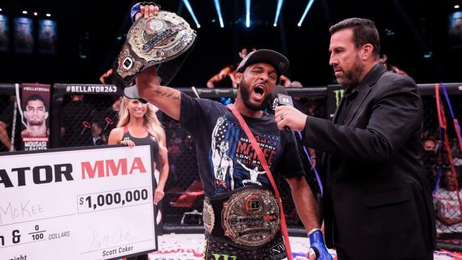 Životní výhra mu vydělala milion dolarů. Američan McKee se stal novou hvězdou MMA, překvapivě ne v UFC
