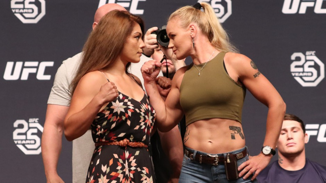 UFC vyhodilo historicky první šampionku muší váhy, nedokázala hubnout