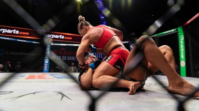 Jako kočka s myší. Kayla Harrison porazila svoji soupeřku na TKO a neobdržela ani jeden úder