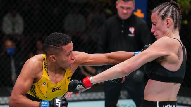 Jmenovkyně slavné šampionky UFC předvedla velice tvrdé KO a odnesla si bonus za výkon večera