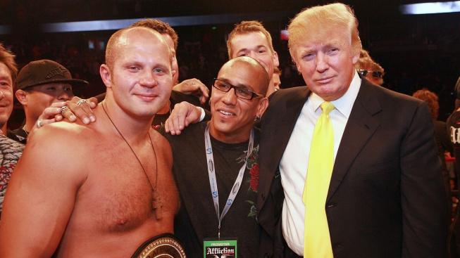 Z prezidenta komentátorem. Trump bude komentovat boxerský zápas mezi Holyfieldem a Belfortem