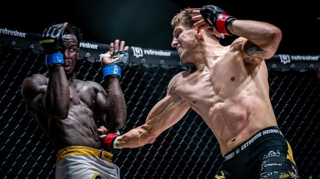 Přemožitel Procházky, veteráni UFC i mladý polský talent. Poznejte zahraniční bojovníky na Oktagonu 27