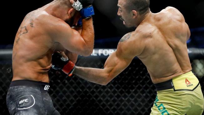 """Knockouty, které bolí nejvíce. Podívejte se na sestřih těch nejlepších """"vypínáků na spodek"""" v historii UFC"""